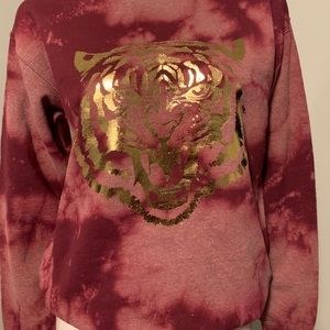 Gorgeous Tie Dye Crew With Gold Foil Tiger